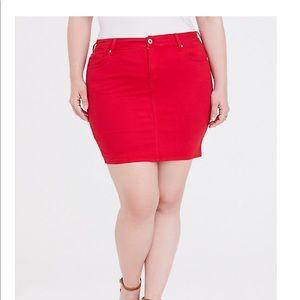 Torrid size 14 red denim mini skirt